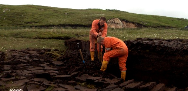 Traditional peat cutting